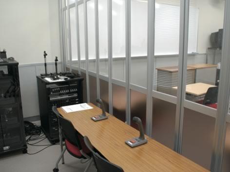 通訳実習室